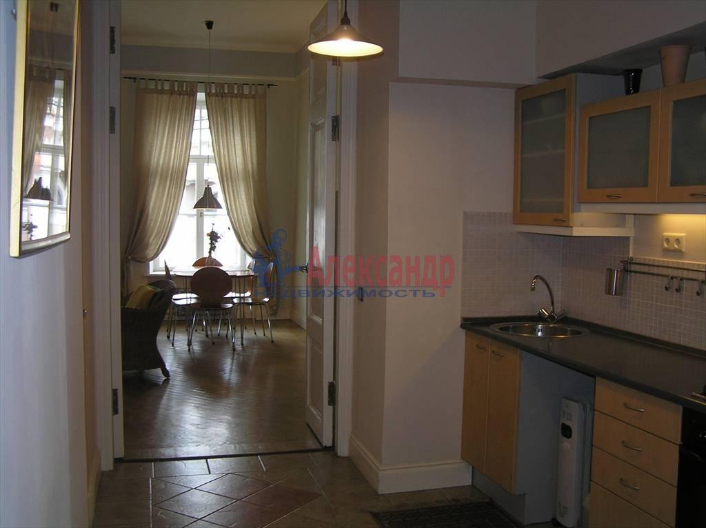 2-комнатная квартира (60м2) в аренду по адресу Реки Мойки наб., 6— фото 3 из 4
