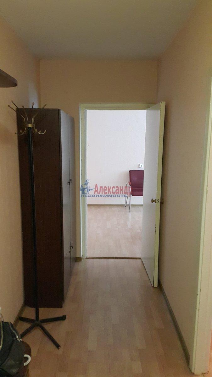 Комната в 3-комнатной квартире (35м2) в аренду по адресу Мгинская ул., 9— фото 6 из 6