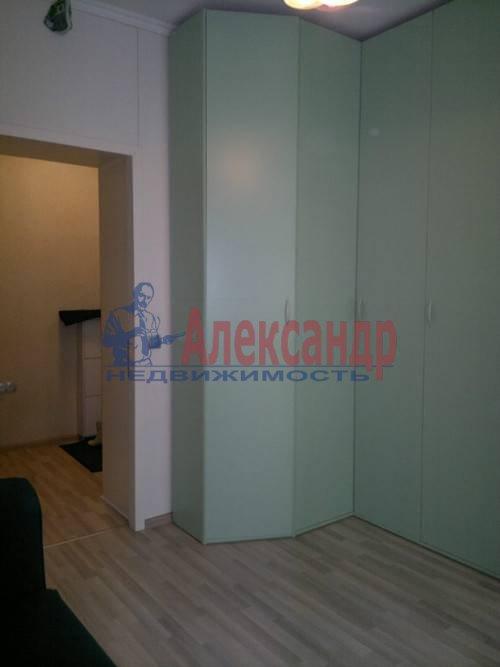 2-комнатная квартира (79м2) в аренду по адресу Ленинский пр., 109— фото 7 из 8