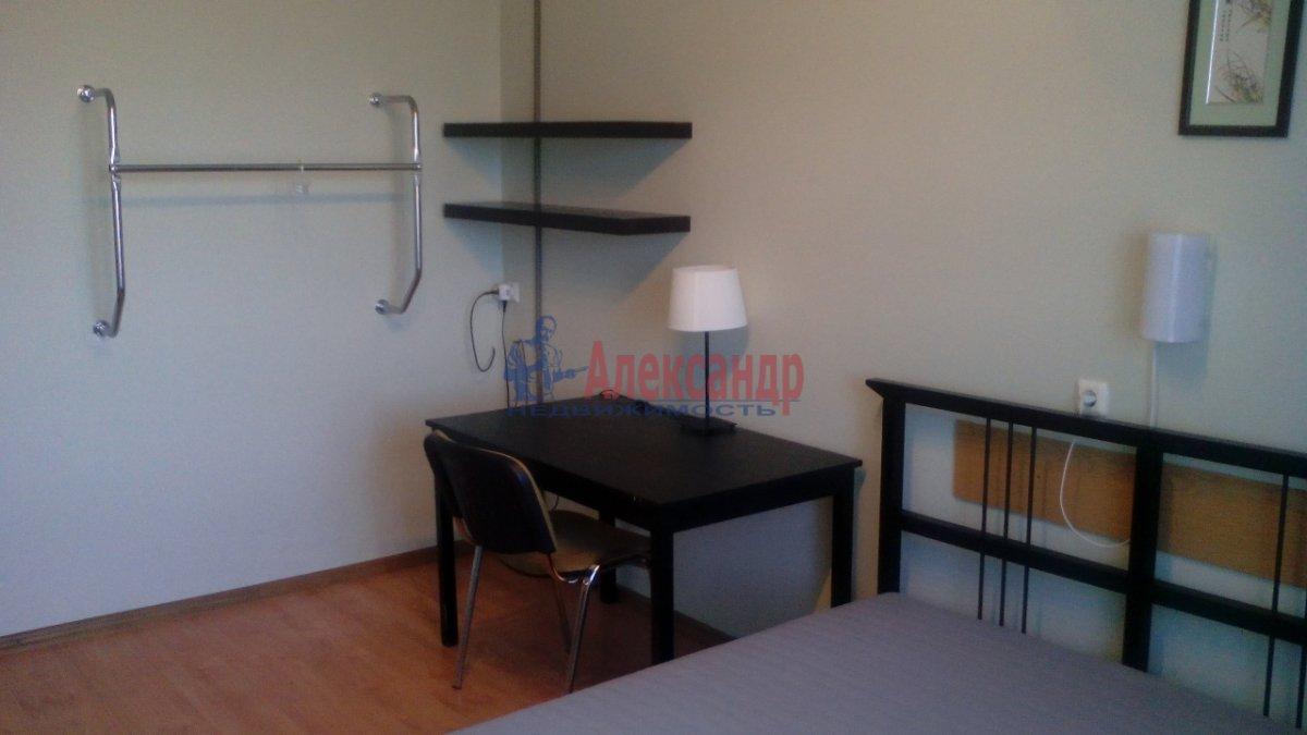 3-комнатная квартира (95м2) в аренду по адресу Большевиков пр., 22— фото 9 из 12