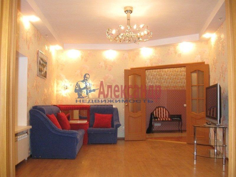 4-комнатная квартира (102м2) в аренду по адресу Введенская ул., 18— фото 1 из 11