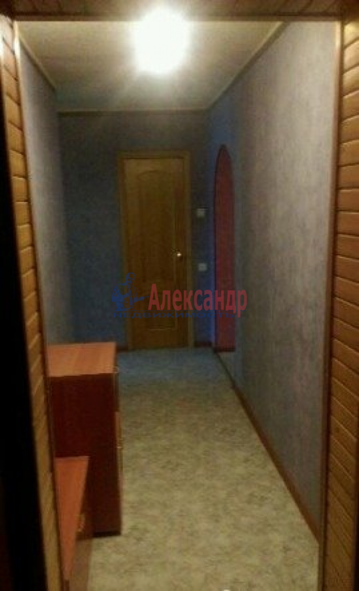 1-комнатная квартира (47м2) в аренду по адресу Ленинский пр., 72— фото 3 из 6