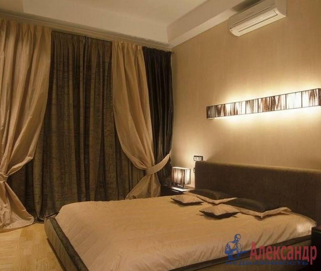 3-комнатная квартира (130м2) в аренду по адресу Восстания ул., 8— фото 2 из 4