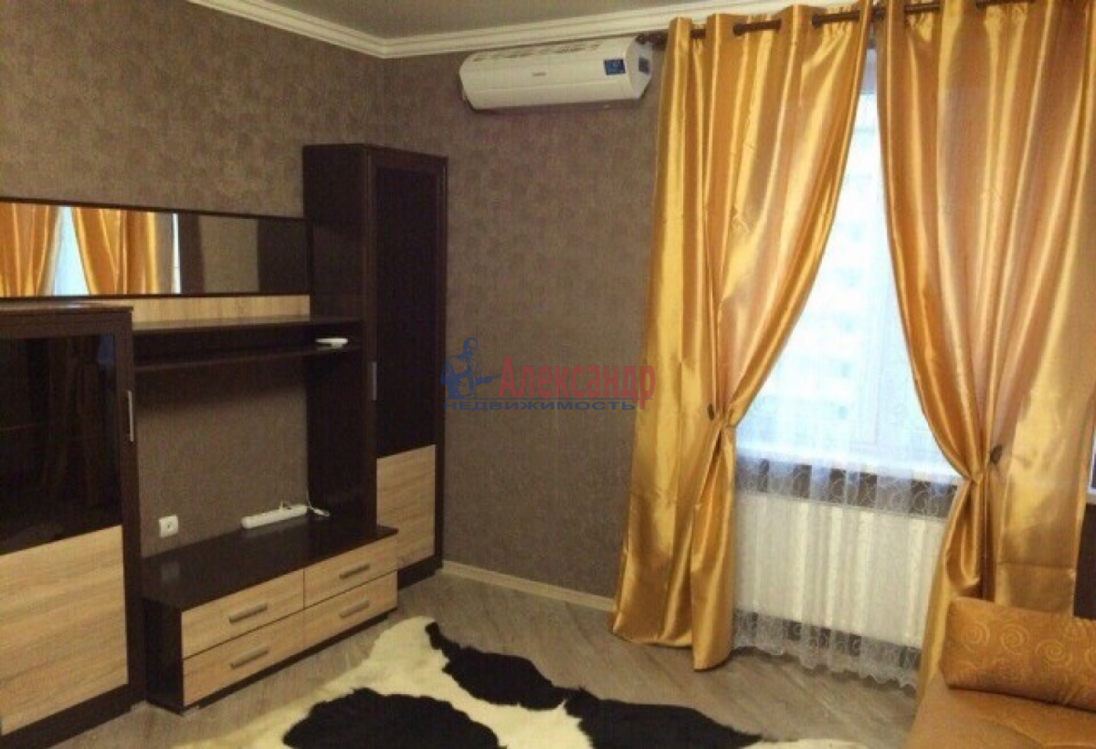 1-комнатная квартира (48м2) в аренду по адресу Маршала Жукова пр., 36— фото 1 из 6