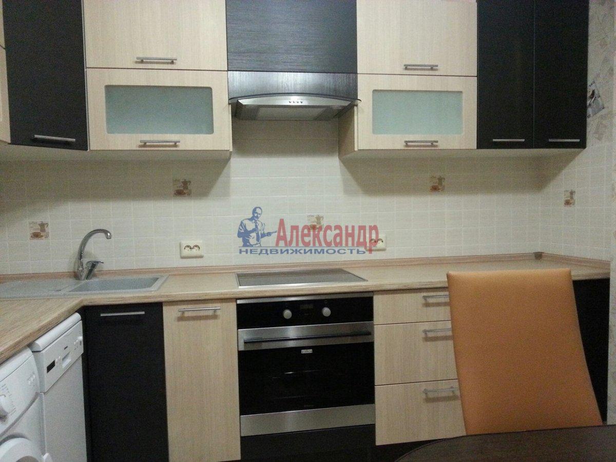1-комнатная квартира (44м2) в аренду по адресу Дальневосточный пр., 69— фото 2 из 10