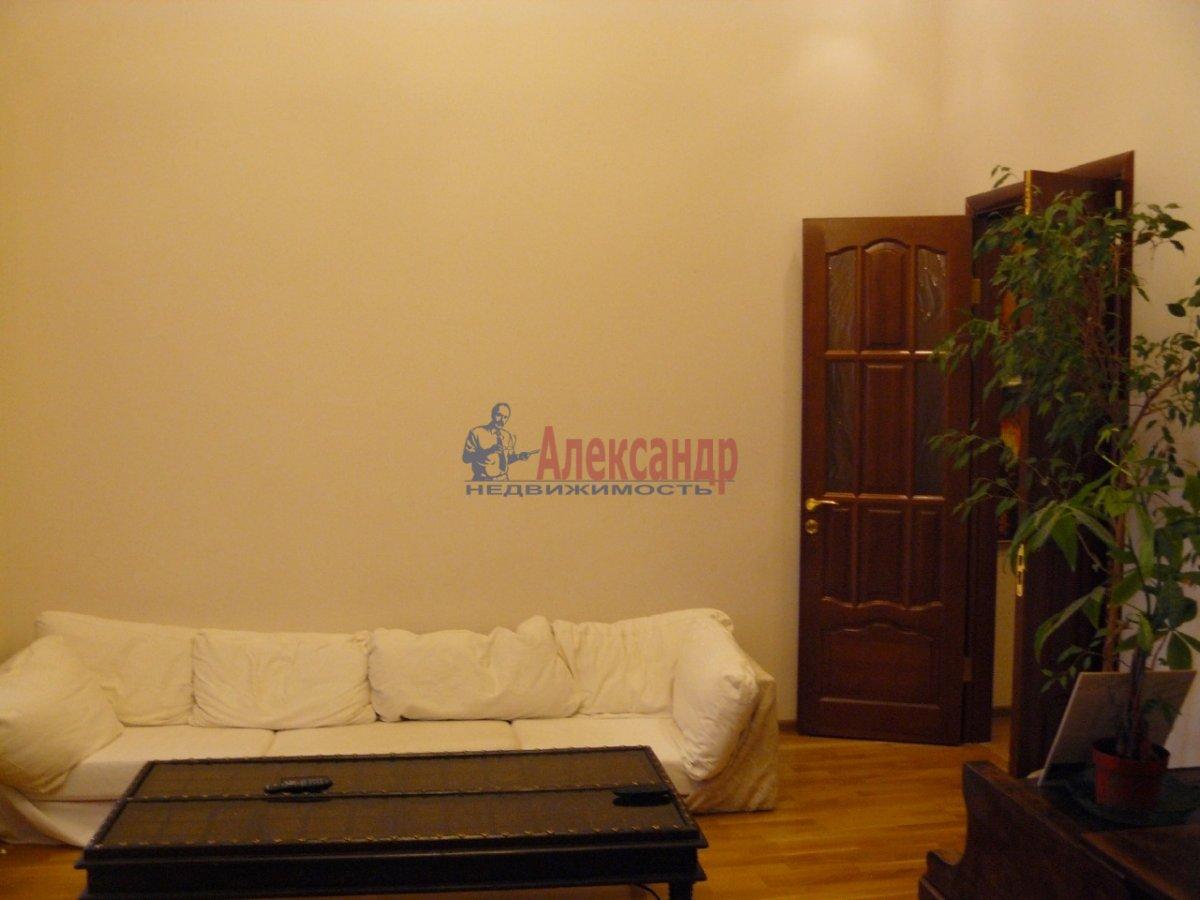 2-комнатная квартира (70м2) в аренду по адресу 5 Советская ул., 4— фото 6 из 13