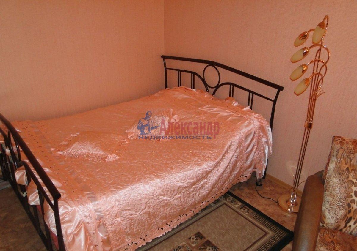 2-комнатная квартира (56м2) в аренду по адресу Таллинская ул., 20— фото 2 из 5