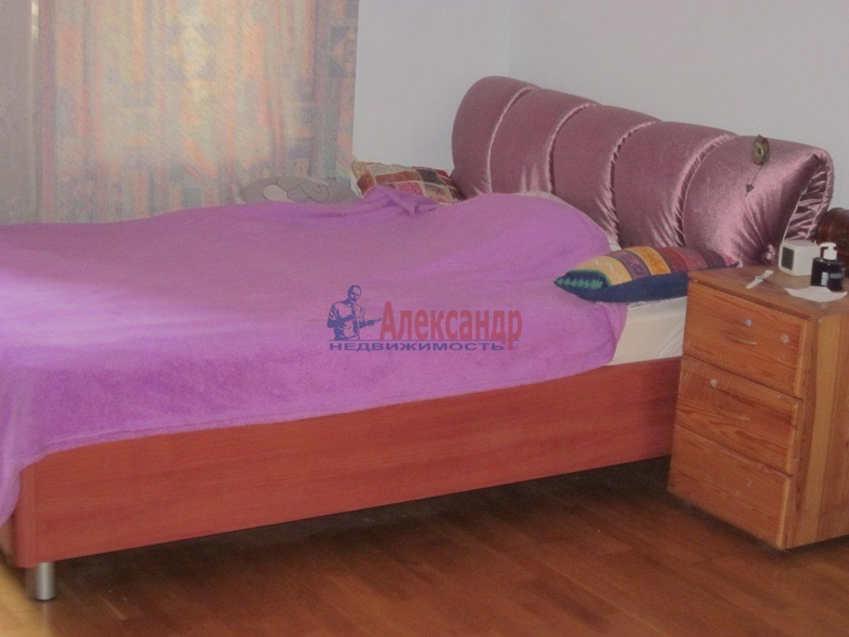 1-комнатная квартира (41м2) в аренду по адресу Славы пр., 52— фото 1 из 1