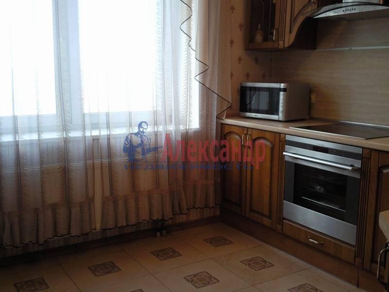 1-комнатная квартира (48м2) в аренду по адресу Капитанская ул., 4— фото 2 из 12