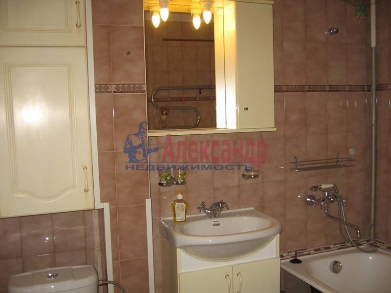 2-комнатная квартира (68м2) в аренду по адресу Пестеля ул., 13— фото 6 из 6
