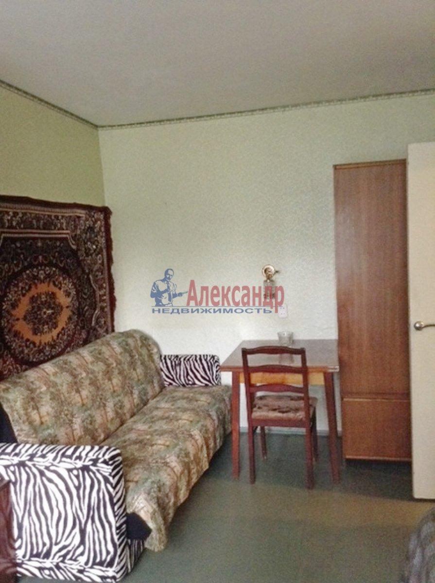 1-комнатная квартира (29м2) в аренду по адресу Крыленко ул., 7— фото 3 из 6
