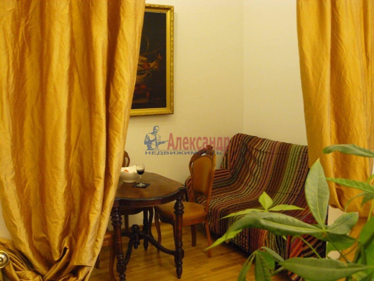 2-комнатная квартира (70м2) в аренду по адресу 5 Советская ул., 4— фото 7 из 13