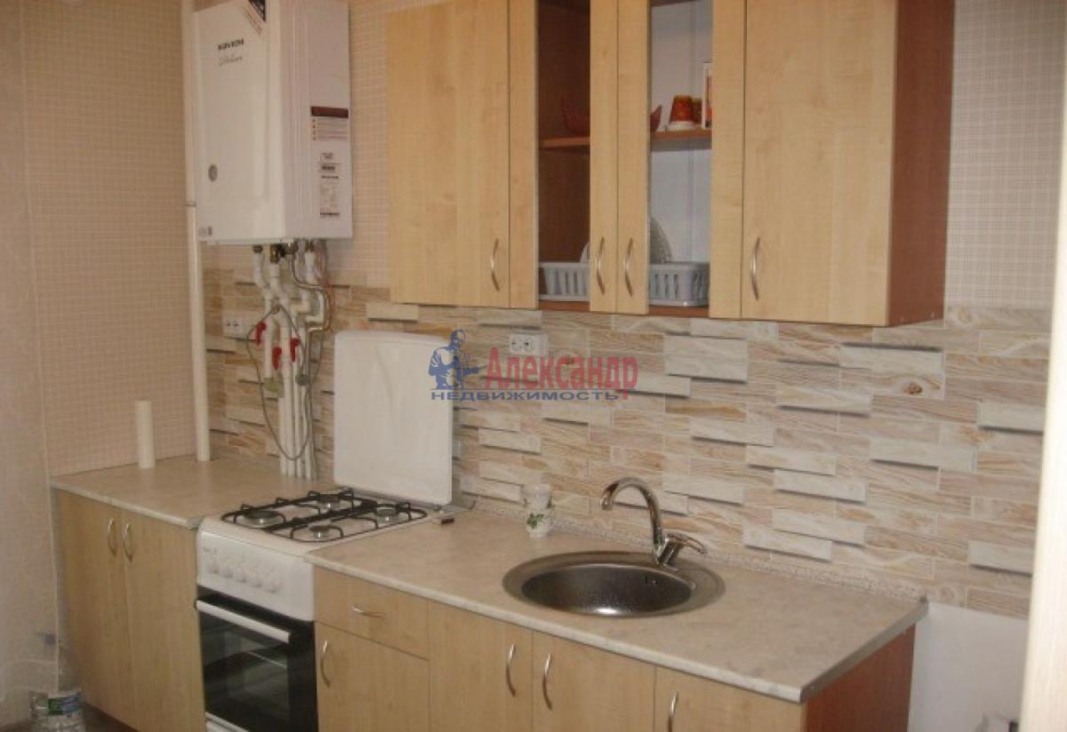 1-комнатная квартира (36м2) в аренду по адресу Космонавтов просп., 23— фото 1 из 10