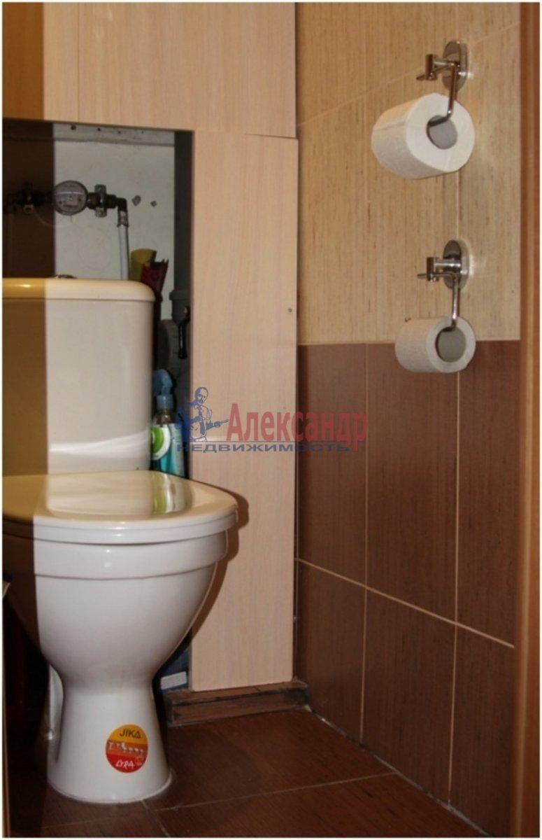 1-комнатная квартира (40м2) в аренду по адресу Дунайский пр., 5— фото 2 из 3