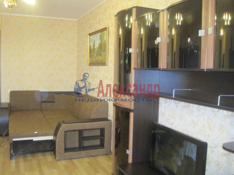 1-комнатная квартира (45м2) в аренду по адресу Резная ул., 6— фото 5 из 8