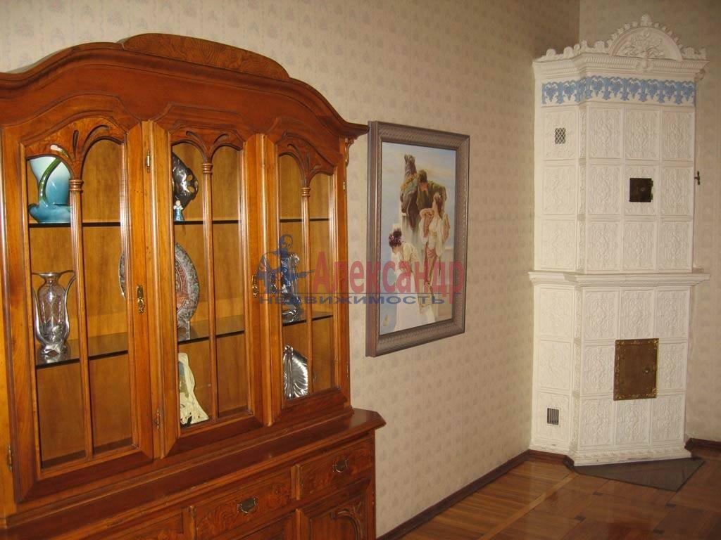 3-комнатная квартира (115м2) в аренду по адресу Глинки ул., 1— фото 2 из 9