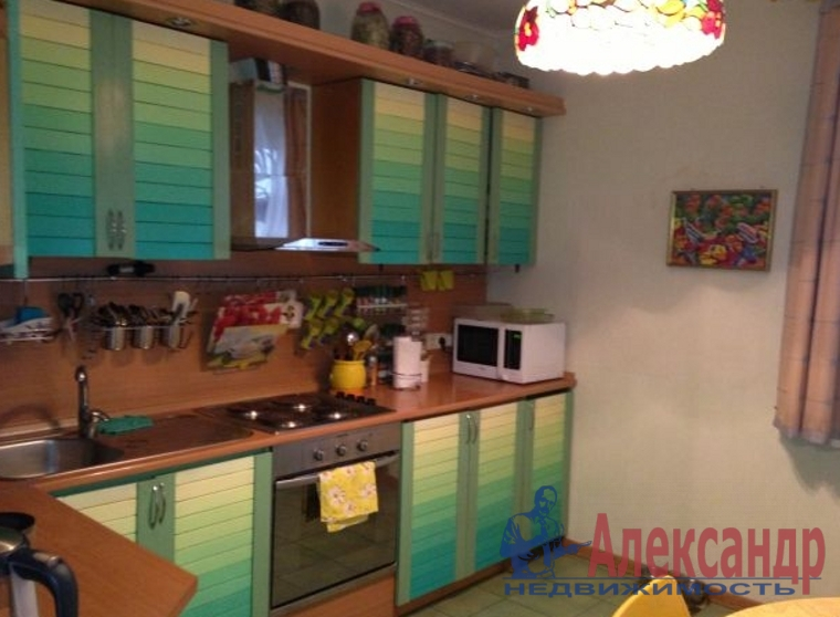 1-комнатная квартира (36м2) в аренду по адресу Белышева ул., 5— фото 2 из 3