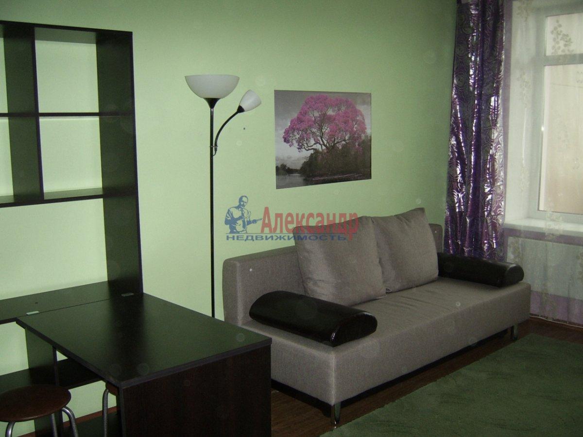 1-комнатная квартира (30м2) в аренду по адресу Гражданский пр., 106— фото 1 из 7