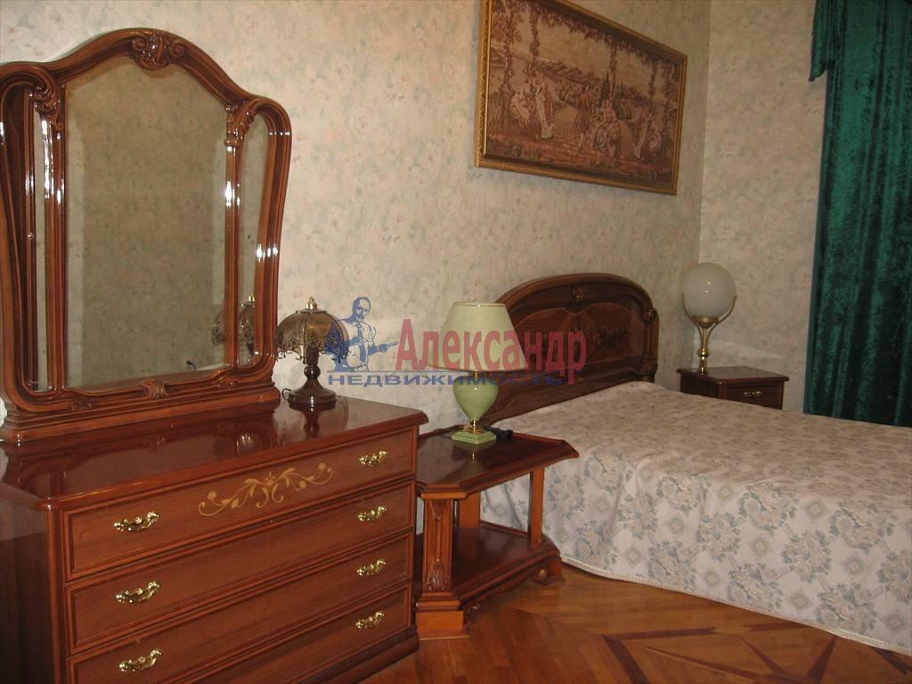 3-комнатная квартира (124м2) в аренду по адресу Мытнинская наб., 11— фото 4 из 5