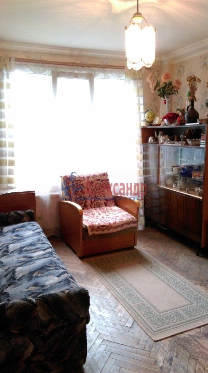 2-комнатная квартира (46м2) в аренду по адресу Большевиков пр., 51— фото 9 из 10