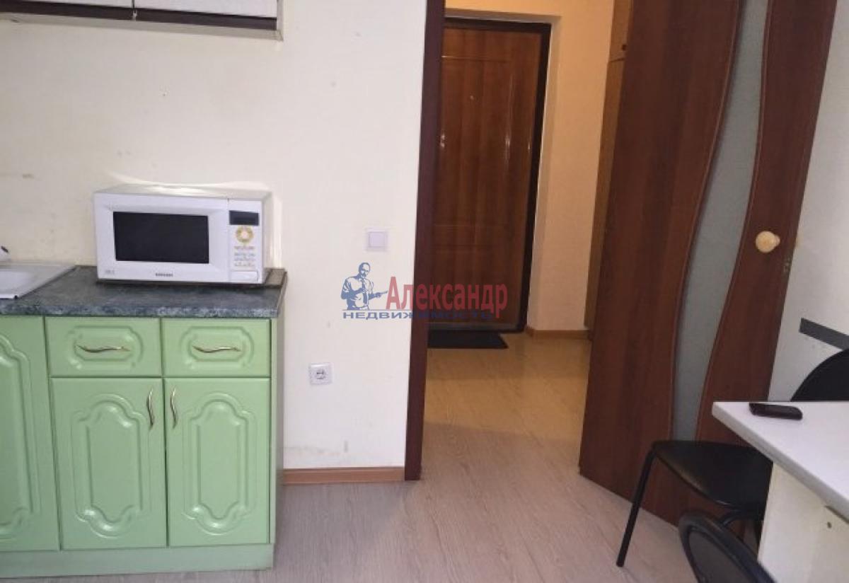 1-комнатная квартира (30м2) в аренду по адресу Орджоникидзе ул.— фото 1 из 4