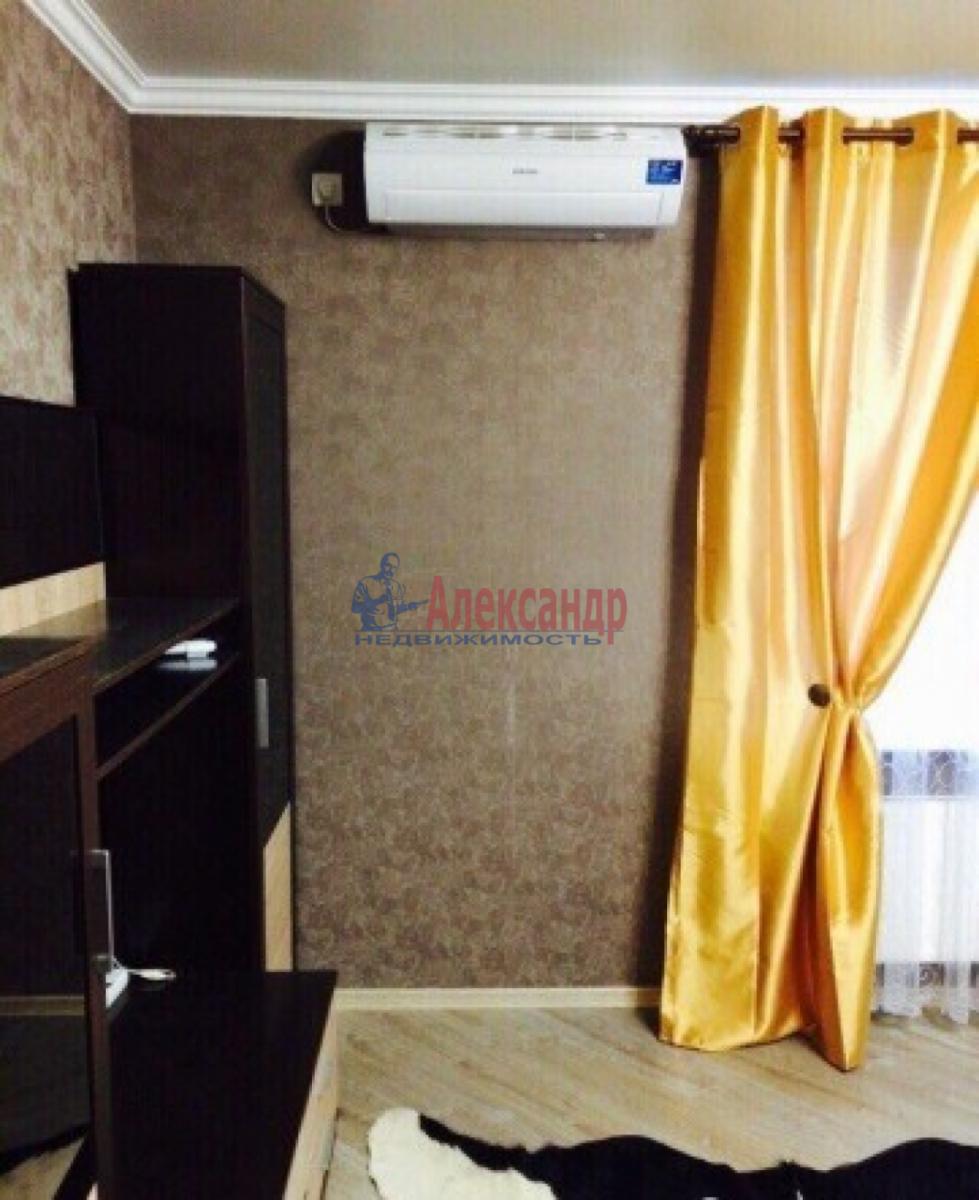 1-комнатная квартира (48м2) в аренду по адресу Маршала Жукова пр., 36— фото 2 из 6
