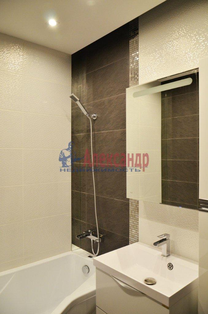 1-комнатная квартира (47м2) в аренду по адресу Юрия Гагарина просп., 7— фото 4 из 4