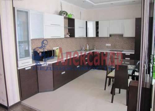 1-комнатная квартира (53м2) в аренду по адресу Новочеркасский пр., 33— фото 5 из 5