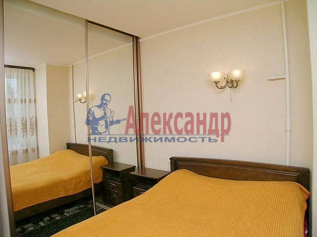 2-комнатная квартира (67м2) в аренду по адресу Ленина ул., 26— фото 9 из 12