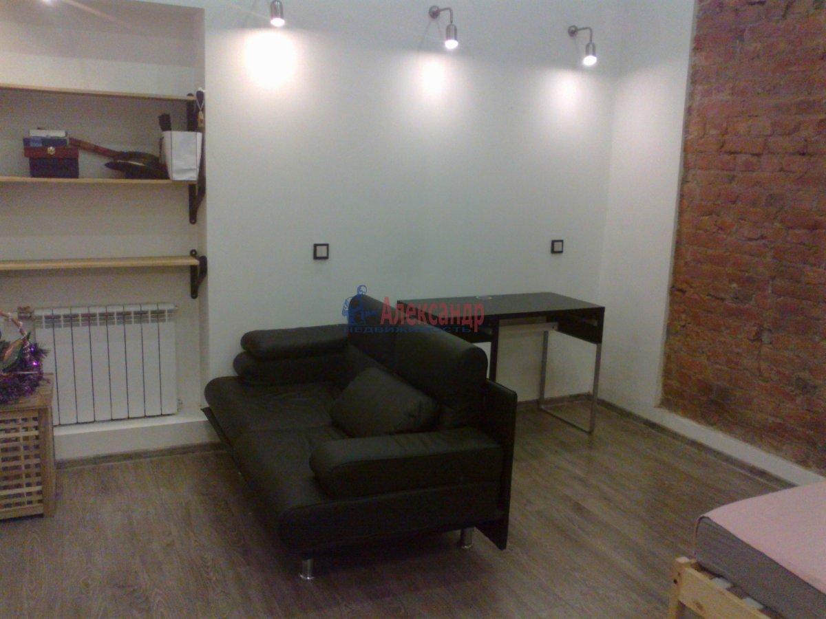 1-комнатная квартира (35м2) в аренду по адресу Большая Разночинная ул., 11— фото 2 из 8