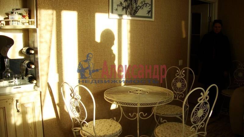 1-комнатная квартира (37м2) в аренду по адресу 3 Верхний пер.— фото 4 из 8