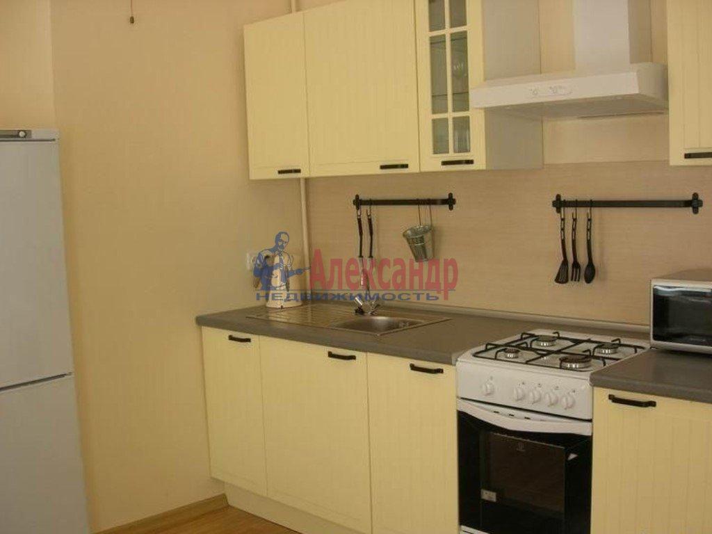 3-комнатная квартира (86м2) в аренду по адресу 1 Верхний пер., 3— фото 3 из 3