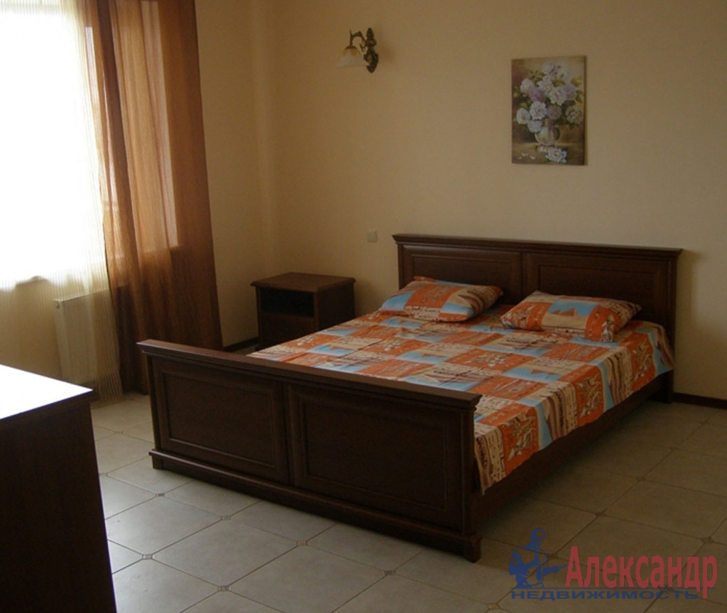 2-комнатная квартира (47м2) в аренду по адресу Лиговский пр., 168— фото 2 из 3