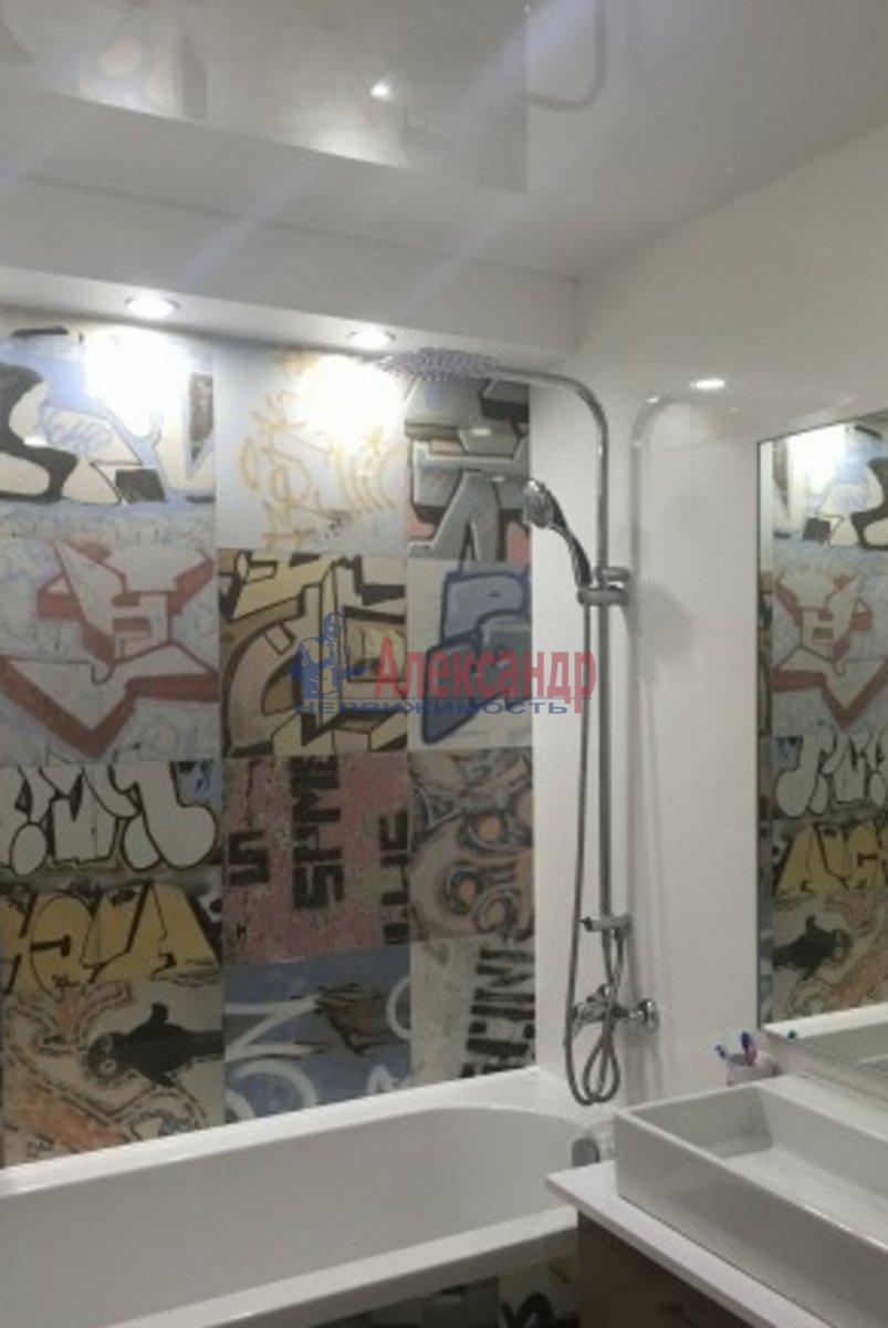 1-комнатная квартира (45м2) в аренду по адресу Обводного канала наб., 108— фото 3 из 3