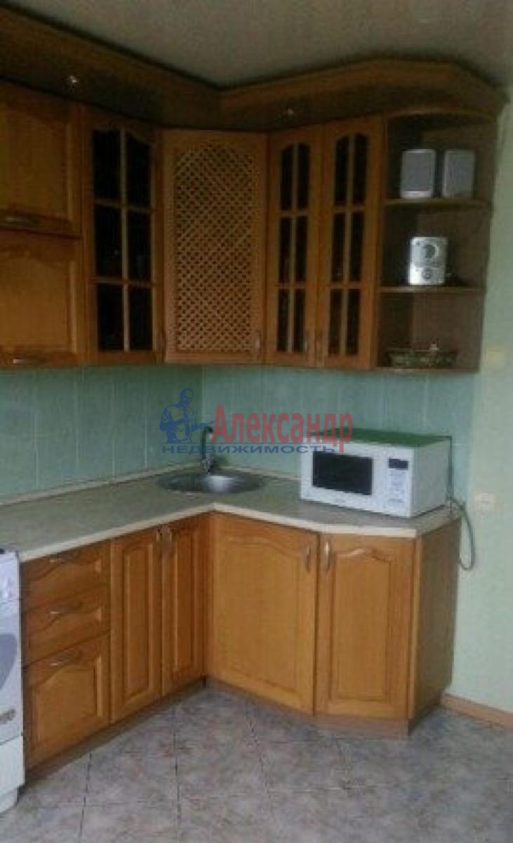 1-комнатная квартира (47м2) в аренду по адресу Ленинский пр., 72— фото 5 из 6