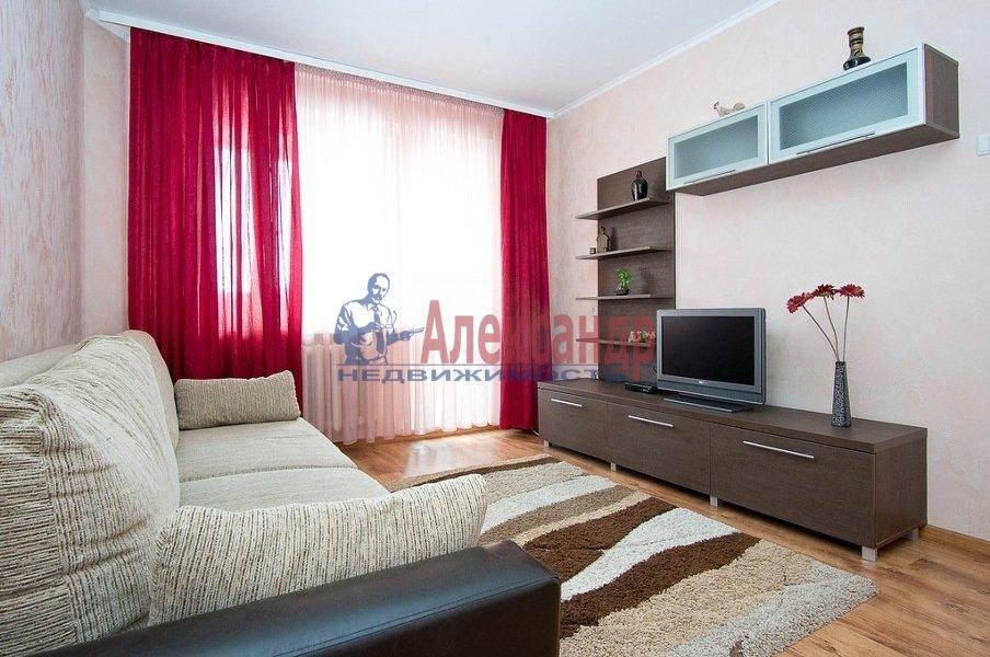 3-комнатная квартира (96м2) в аренду по адресу Реки Мойки наб., 62— фото 2 из 6