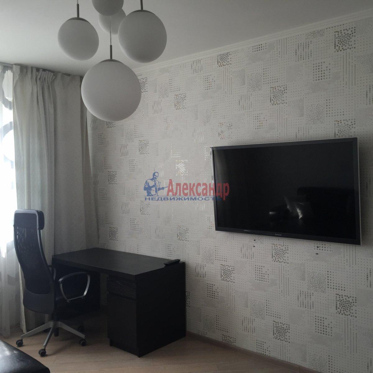 2-комнатная квартира (64м2) в аренду по адресу Белы Куна ул., 1— фото 6 из 9