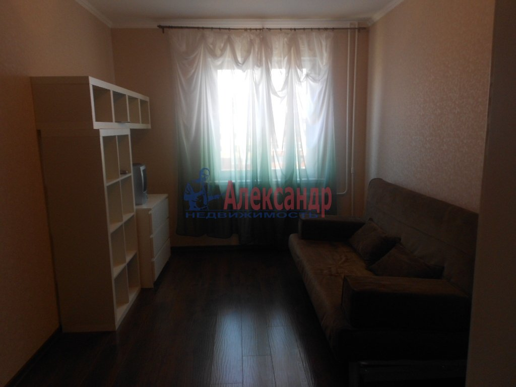 1-комнатная квартира (38м2) в аренду по адресу Куйбышева ул., 20— фото 1 из 5