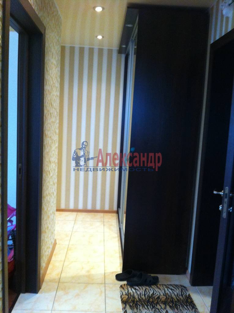 2-комнатная квартира (61м2) в аренду по адресу Луначарского пр., 112— фото 16 из 29