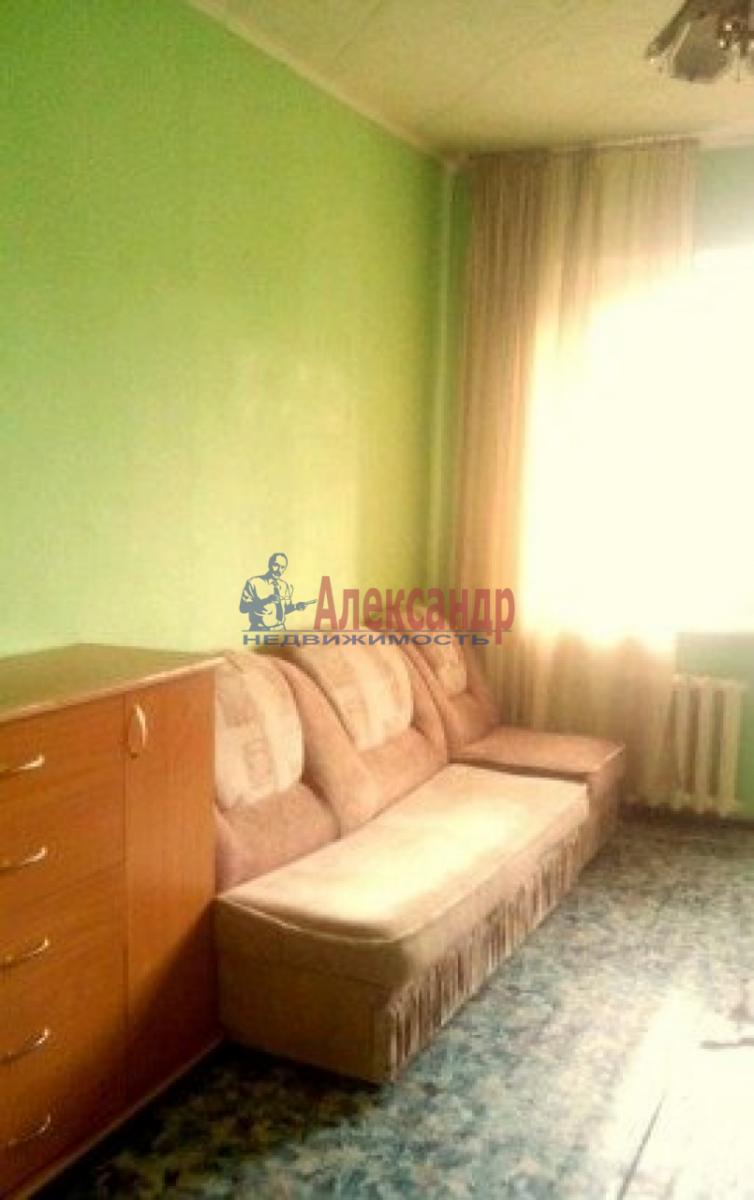 Комната в 2-комнатной квартире (36м2) в аренду по адресу Салова ул., 20— фото 2 из 3