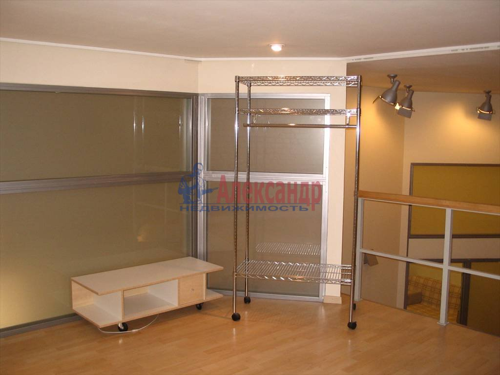 3-комнатная квартира (130м2) в аренду по адресу Миллионная ул.— фото 32 из 45