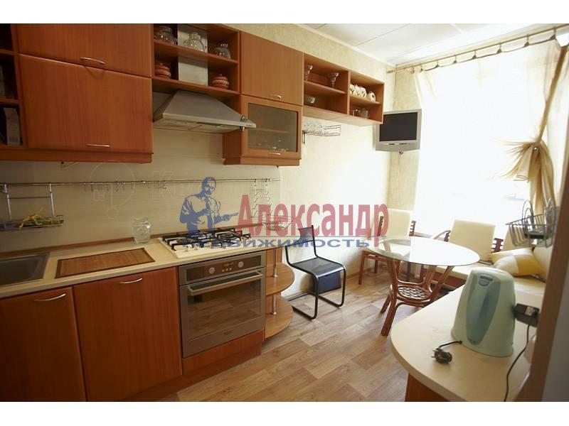 4-комнатная квартира (90м2) в аренду по адресу Загородный пр.— фото 1 из 17