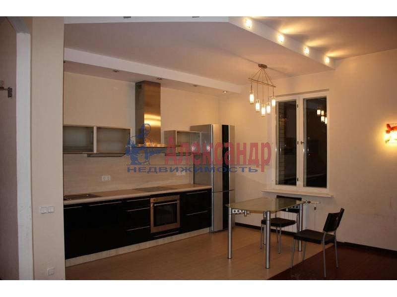 1-комнатная квартира (62м2) в аренду по адресу Дивенская ул., 5— фото 1 из 6