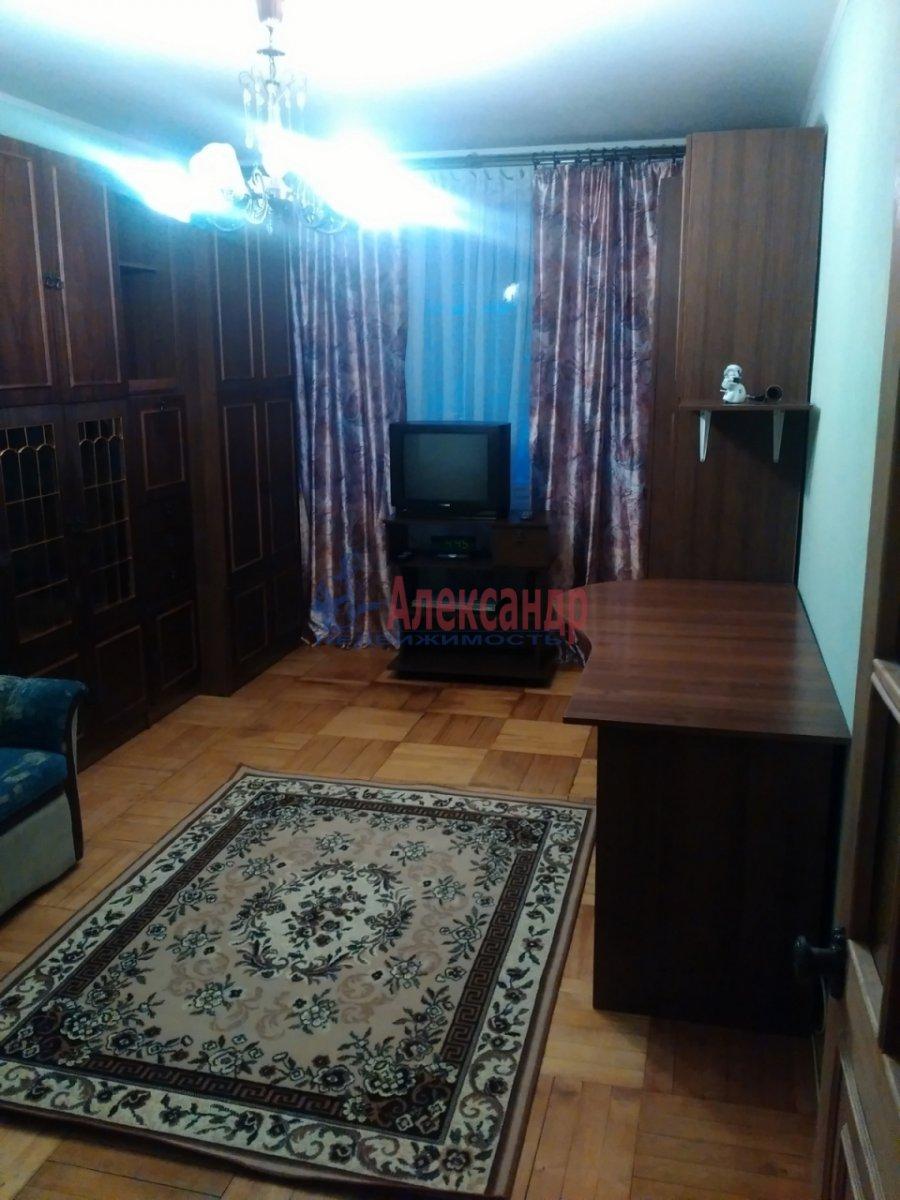 2-комнатная квартира (48м2) в аренду по адресу Энергетиков пр., 31— фото 3 из 5