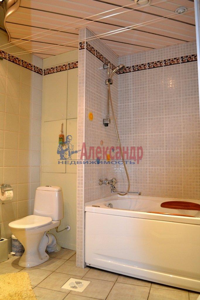 3-комнатная квартира (93м2) в аренду по адресу Суворовский пр., 62— фото 12 из 14