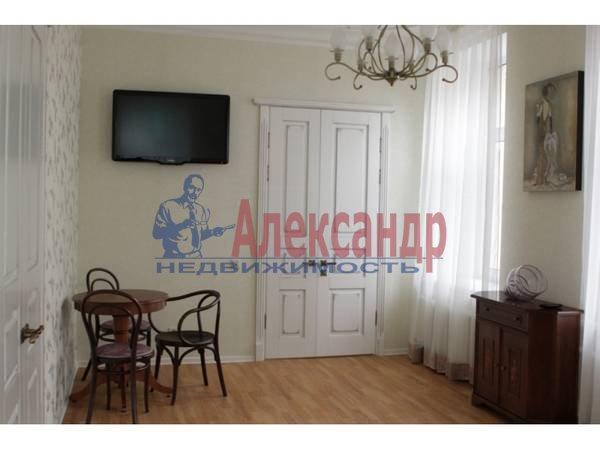 3-комнатная квартира (80м2) в аренду по адресу 6 Красноармейская ул., 12— фото 4 из 9