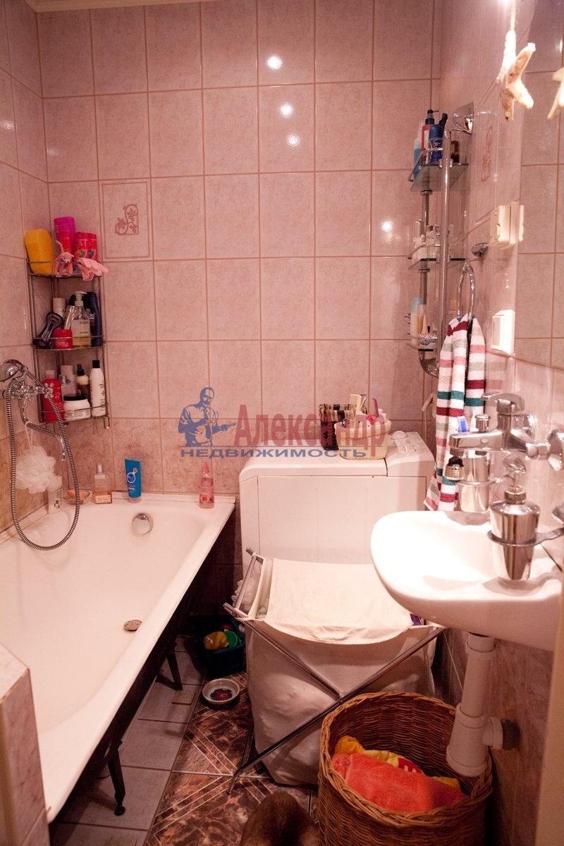 1-комнатная квартира (35м2) в аренду по адресу Кузнецова пр., 20— фото 2 из 3