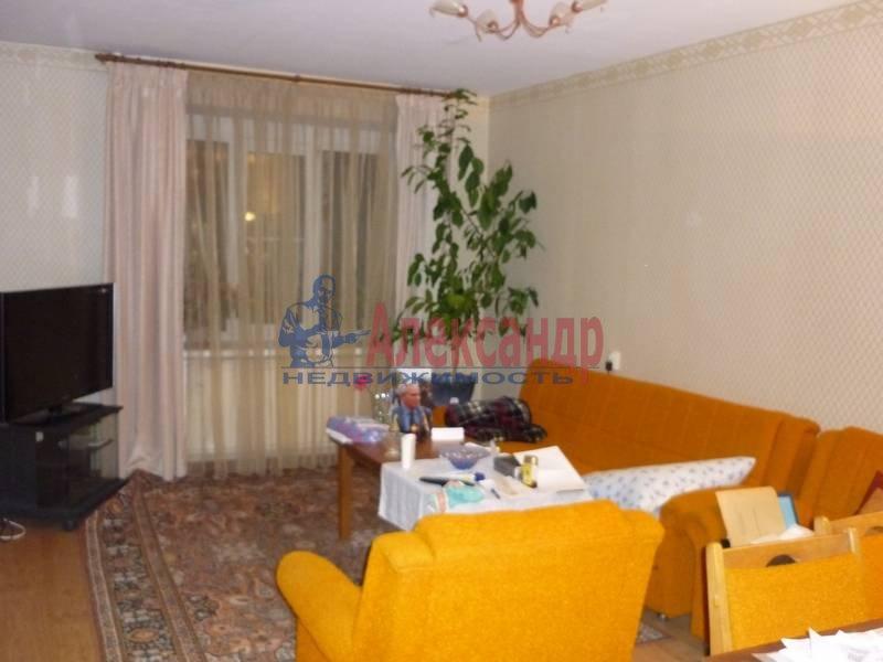 3-комнатная квартира (85м2) в аренду по адресу Политехническая ул., 17— фото 1 из 5