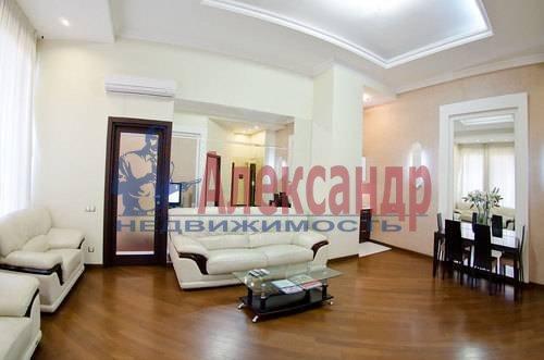 3-комнатная квартира (132м2) в аренду по адресу Реки Фонтанки наб., 40— фото 7 из 11