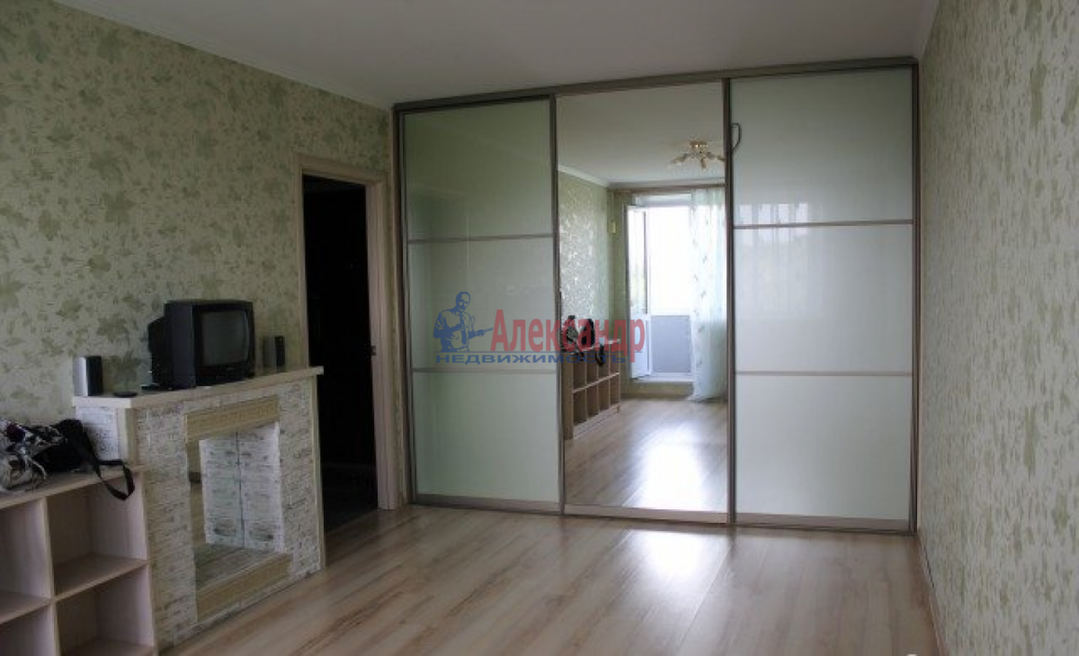 1-комнатная квартира (35м2) в аренду по адресу Белградская ул., 6— фото 2 из 4